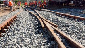 Equipo Ferrocap en curso de mantenimiento y conservación de vías.