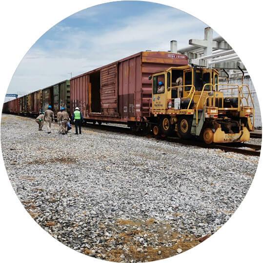 Identificando la función de los componentes de las unidades de arrastre en el transporte ferroviario.
